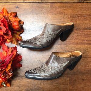 🍁🧡Charlie 1 Horse Heeled Clogs Southwest Leather